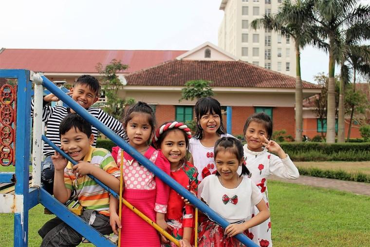 Chiến dịch 'Lọ đựng tình thương' hỗ trợ Làng trẻ em SOS Việt Nam ảnh 4