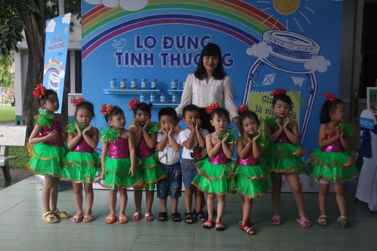 Chiến dịch 'Lọ đựng tình thương' hỗ trợ Làng trẻ em SOS Việt Nam ảnh 1