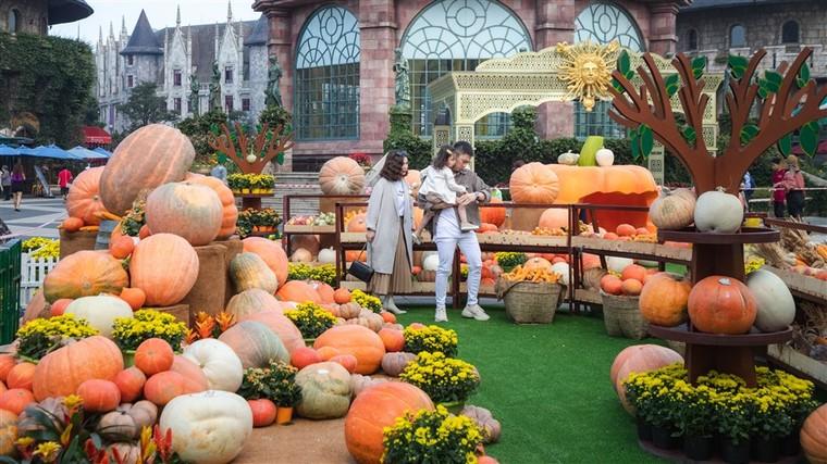 Happy Halloween, du khách Miền Trung Tây Nguyên tiếp tục hưởng mức giá ưu đãi khi tới Bà Nà Hills ảnh 4