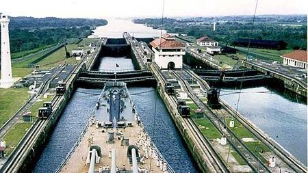 Kênh đào Panama hoàn thành vào năm nào?