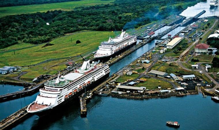 Kênh đào Panama ban đầu do nước nào huy động vốn?