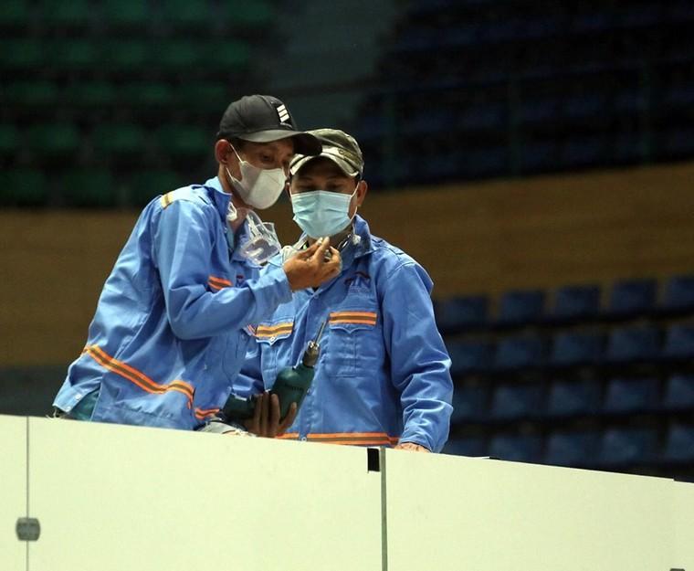 Đà Nẵng gấp rút lắp đặt bệnh viện dã chiến Cung thể thao Tiên Sơn ảnh 2