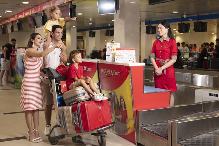 Du lịch an toàn, rảnh tay với 15kg hành lý ký gửi miễn phí cùng Vietjet ảnh 1