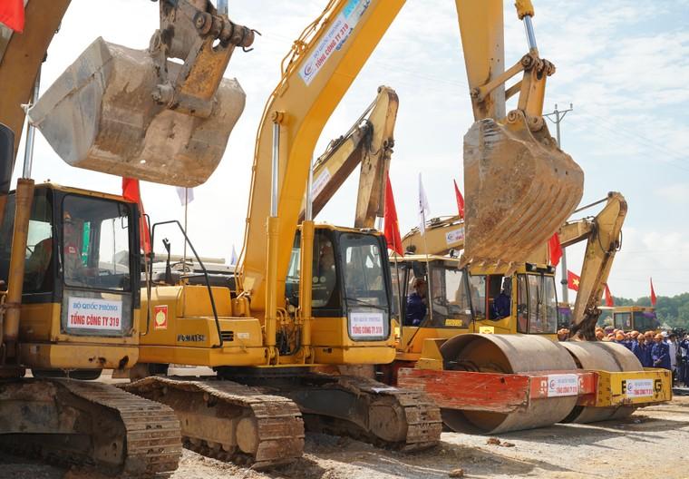 Thủ tướng Nguyễn Xuân Phúc: Phải có ít nhất 5.000 km cao tốc ảnh 2