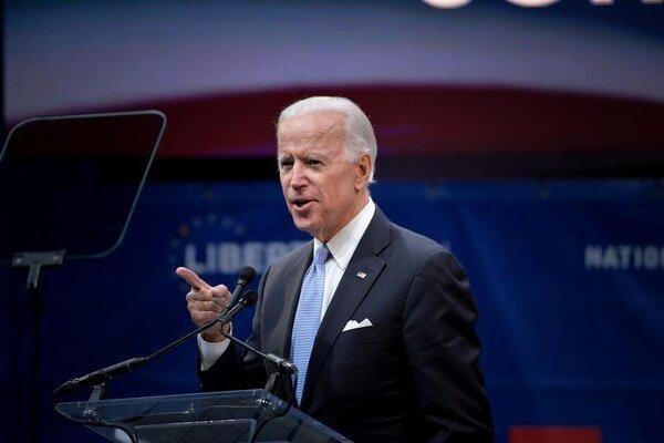 """Tổng thống Biden phản ứng trước việc """"tha bổng"""" ông Trump ảnh 1"""
