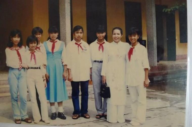 'Mùng 3 Tết thầy' - phong tục đẹp của người Việt ngày đầu Năm mới ảnh 1