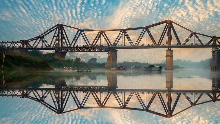 Cầu Long Biên do nước nào xây dựng?