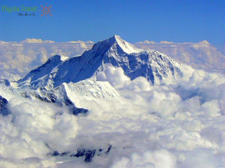 Đỉnh Everest cao bao nhiêu mét?