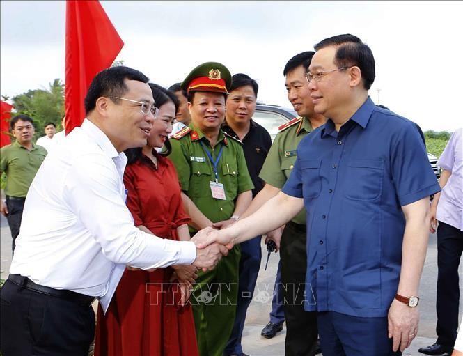 Chủ tịch Quốc hội Vương Đình Huệ kiểm tra công tác chuẩn bị bầu cử tại Hải Phòng ảnh 3