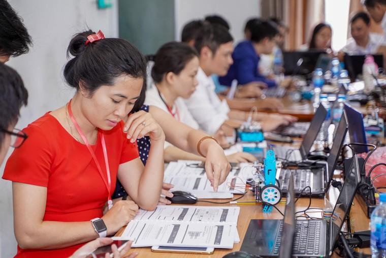 STEAM for Vietnam và VinUni tổ chức khóa học về Robotics cho học sinh THPT ảnh 2