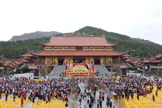 Những ngôi chùa nổi tiếng bậc nhất Việt Nam ảnh 6