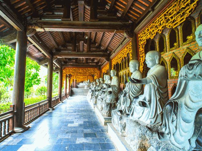 Những ngôi chùa nổi tiếng bậc nhất Việt Nam ảnh 1