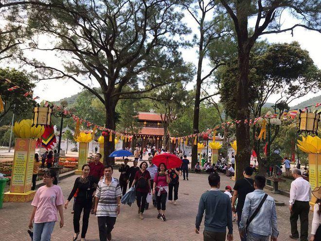 Những ngôi chùa nổi tiếng bậc nhất Việt Nam ảnh 2