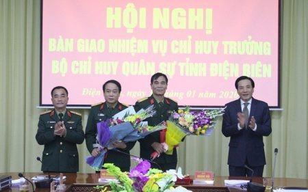 Hội nghị bàn giao nhiệm vụ tại Điện Biên. Ảnh CP