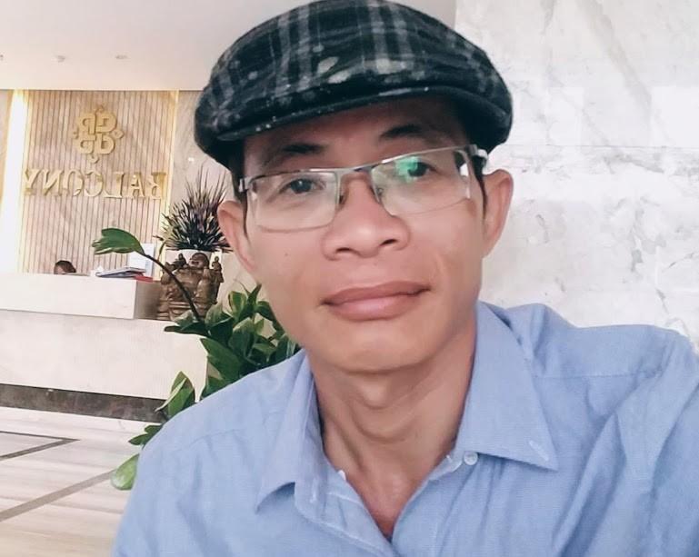 Phóng viên Phạm Xuân Thời