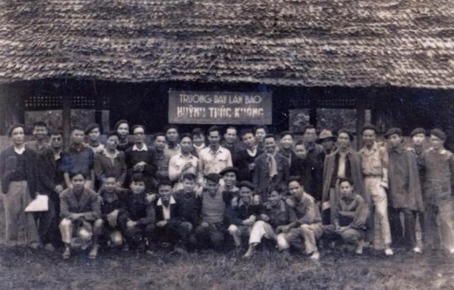 Trường dạy làm báo Huỳnh Thúc Kháng là cơ sở đào tạo báo chí đầu tiên của báo chí cách mạng Việt Nam. (Ảnh: Hội Nhà báo Việt Nam)