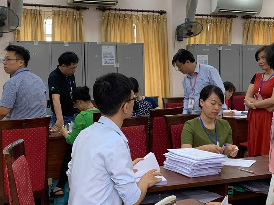 Bộ GD-ĐT tổ chức nhiều đoàn kiểm tra công tác chấm thi tại các địa phương trên cả nước