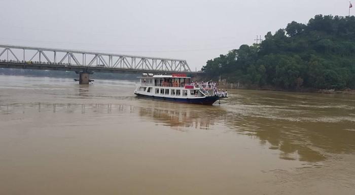 Trải nghiệm thú vị trong hành trình khám phá dòng sông Mã