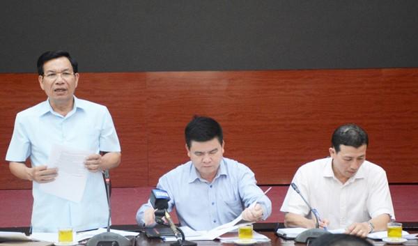 rưởng Ban Dân tộc TP Hà Nội Nguyễn Tất Vinh thông tin tại Hội nghị. (Ảnh:TA)