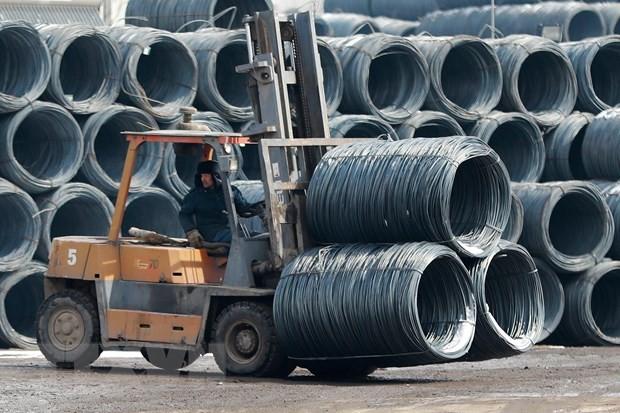 Sản xuất thép tại một nhà máy ở tỉnh Liêu Ninh, Trung Quốc. Nguồn: AFP/TTXVN.