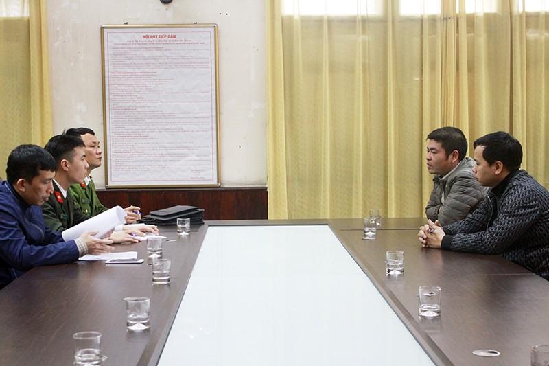 Cơ quan chức năng TP Cẩm Phả làm việc với Vũ Văn Trang và Phạm Quang Trường.