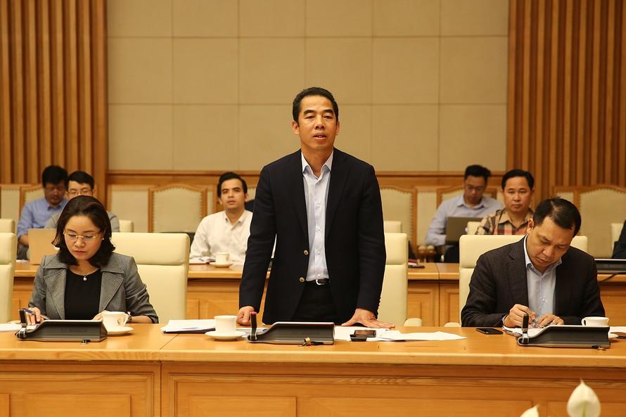 Thứ trưởng Bộ Ngoại giao Tô Anh Dũng nói về việc tạm ngừng chính sách miễn thị thực cho công dân Hàn Quốc. Ảnh: VGP/Đình Nam
