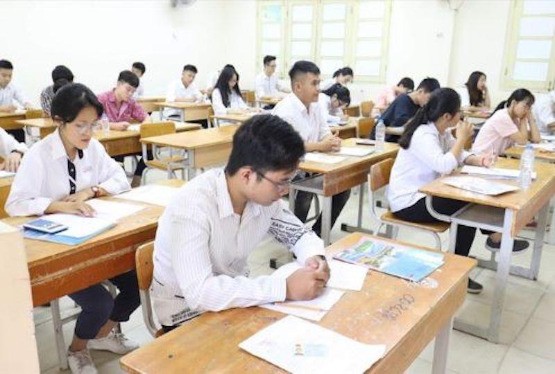 Trường hợp nào sẽ bị đình chỉ thi tốt nghiệp THPT?