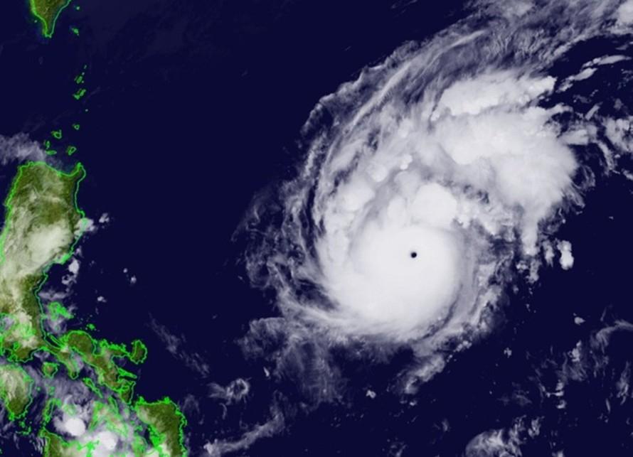 Hình ảnh vệ tinh của siêu bão Goni chiều ngày 30/10