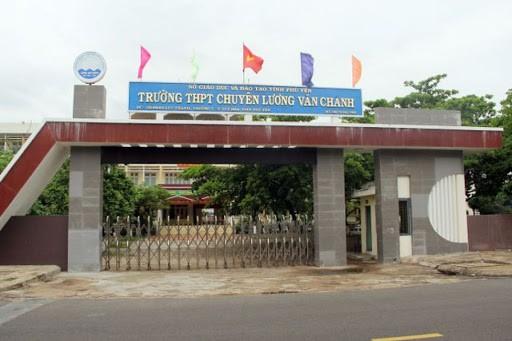 Khánh Hòa, Phú Yên cho học sinh nghỉ tránh bão Etau
