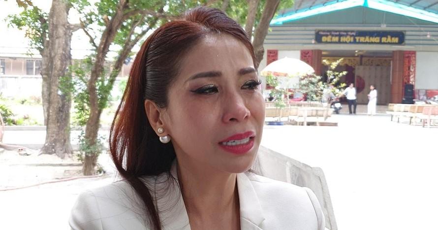 Lý Hùng, Lý Hương bật khóc khi hoàn thành di nguyện của cố NSND Lý Huỳnh