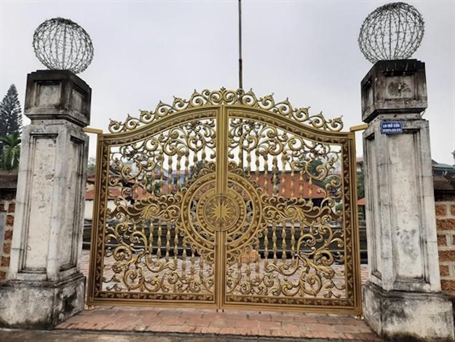 Thay cổng mới cho di tích Quốc gia: Yêu cầu trả lại nguyên trạng
