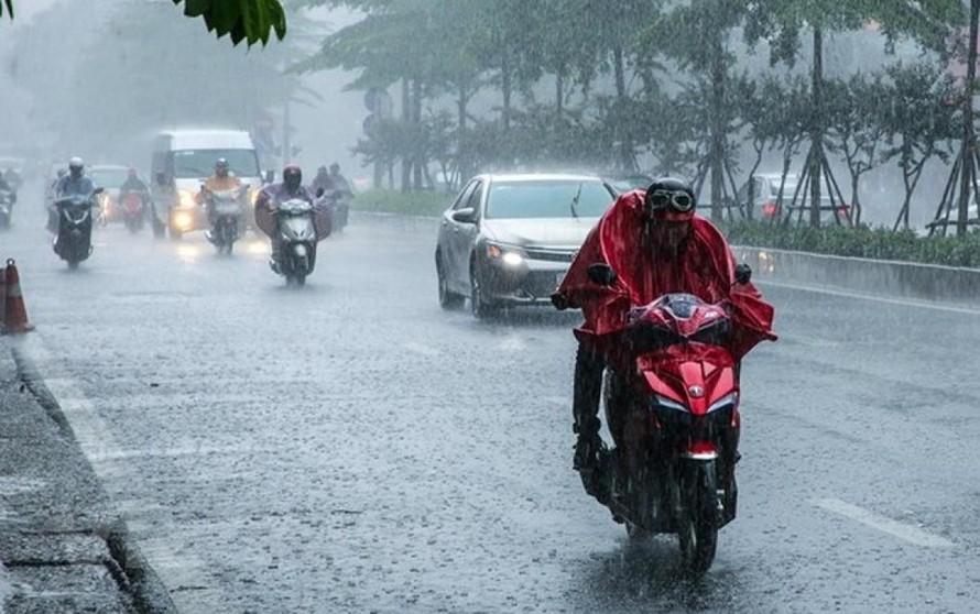 Ngày 21/3, thời tiết Hà Nội có mưa rào và dông, trời chuyển rét, nhiệt độ xuống tới 15 độ.