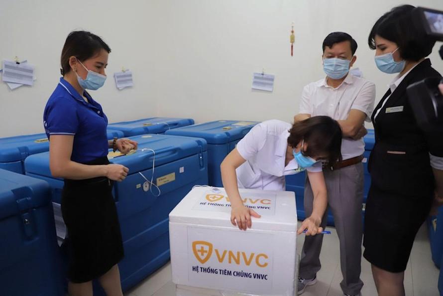Những trường hợp được tiêm vắc xin COVID-19 đợt đầu tại tỉnh Quảng Ninh