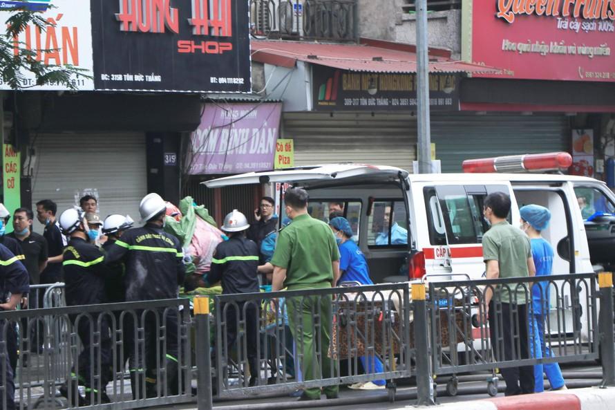 Vụ cháy nhà chết 4 người ở Hà Nội: Có thể do chập điện