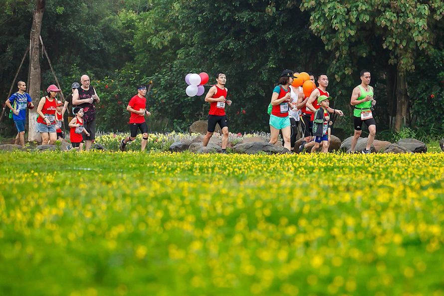 Ecopark Marathon 2021 - Ngắm cung đường chạy giữa thiên nhiên 'siêu chất' trước giờ G