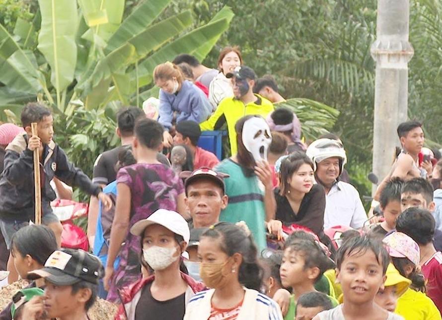 Độc đáo lễ Sene Neak Ta của người Khmer ở Bình Phước