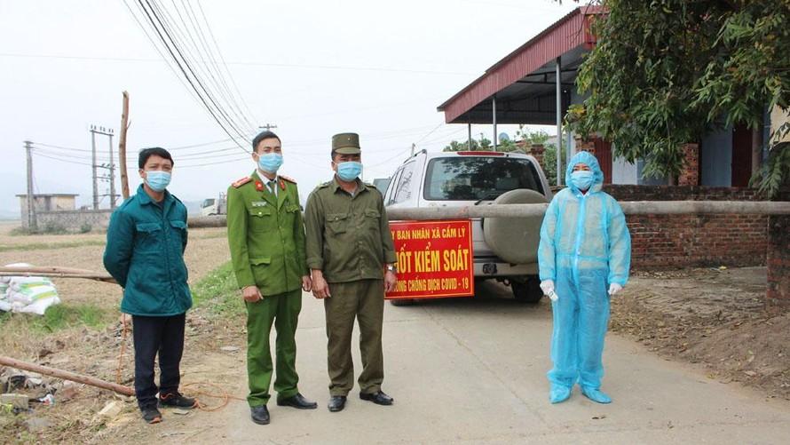 Chốt kiểm soát phòng, chống dịch COVID-19 tại xã Cẩm Lý (huyện Lục Nam, tỉnh Bắc Giang).
