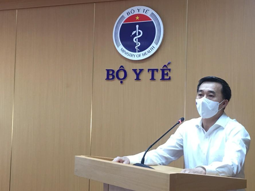 GS.TS Trần Văn Thuấn phát biểu tại hội nghị tập huấn về công tác an toàn tiêm chủng sáng 19/6.