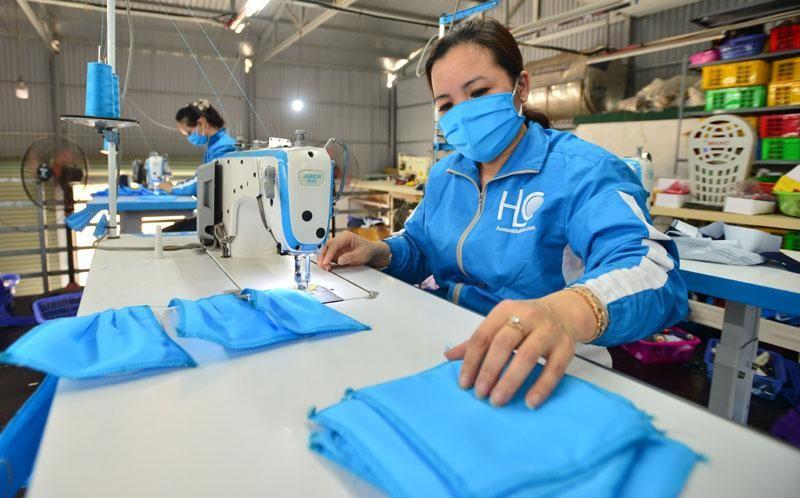 Bộ Tài Chính: Tìm giải pháo hỗ trợ doanh nghiệp, người kinh doanh gặp khó khăn vì dịch COVID-19