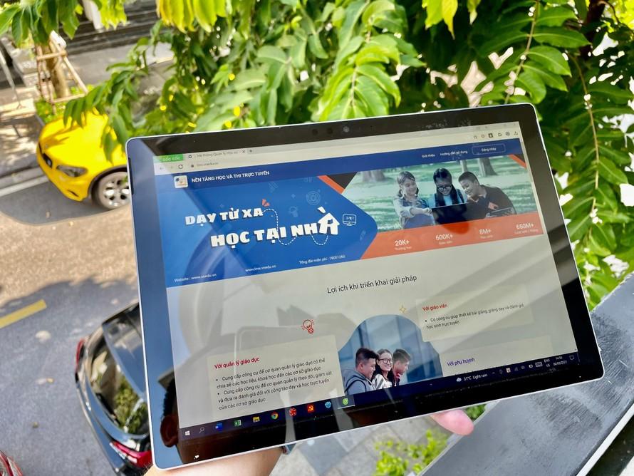 VNPT sẽ hỗ trợ 37.000 máy tính bảng trong chương trình 'Sóng và máy tính cho em'