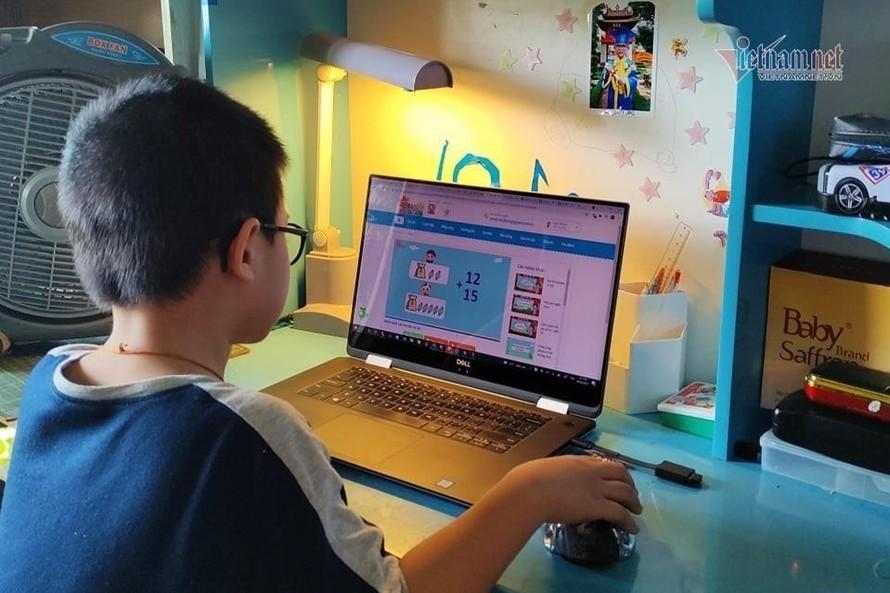 24 tỉnh, thành phố đang dạy học trực tuyến và qua truyền hình