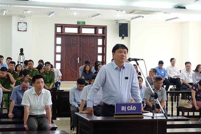 Tòa phúc thẩm bác kháng cáo, phạt ông Đinh La Thăng 13 năm tù