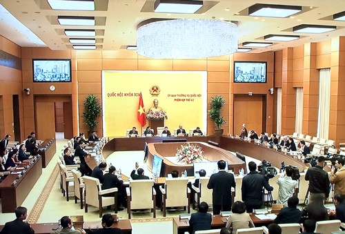 Phiên họp thứ 42 của Ủy ban Thường vụ Quốc hội diễn ra từ ngày 10-11/2. Ảnh: VGP/Nguyễn Hoàng