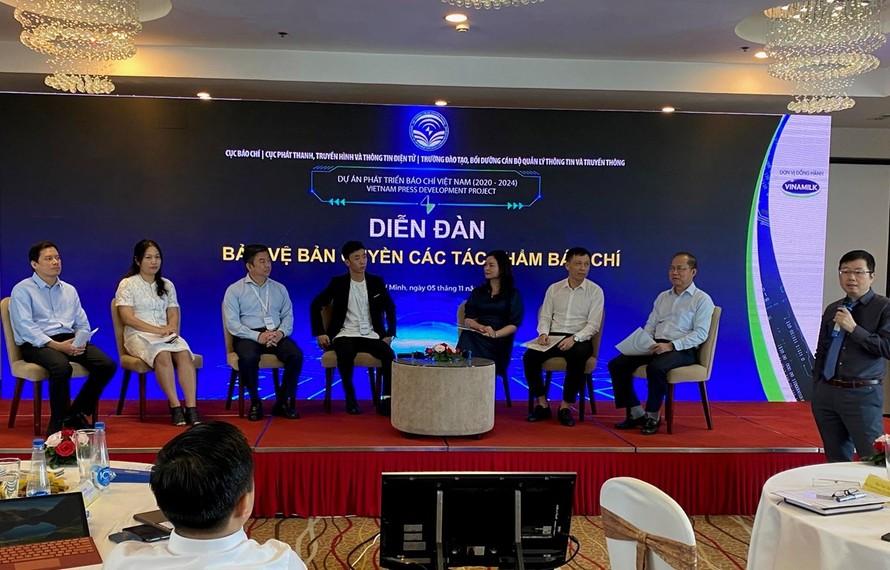 """Đại diện các cơ quan báo chí tham gia diễn đàn """"Bảo vệ bản quyền các tác phẩm báo chí."""" (Ảnh: Phương Mai/Vietnam+)"""