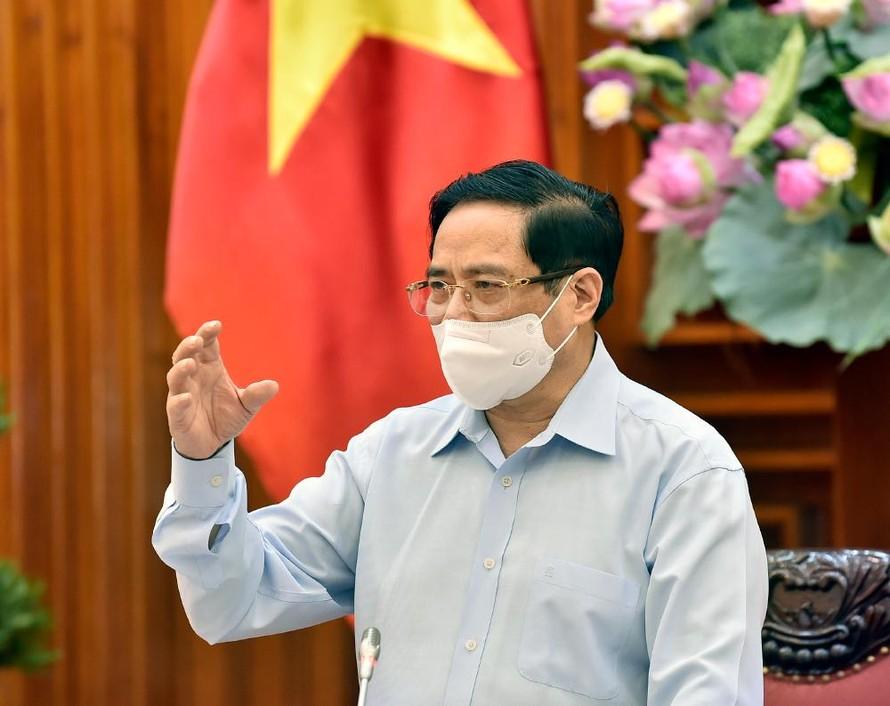 Thủ tướng Phạm Minh Chính phát biểu kết luận cuộc làm việc với Bộ Y tế sáng 15/5. - Ảnh: VGP