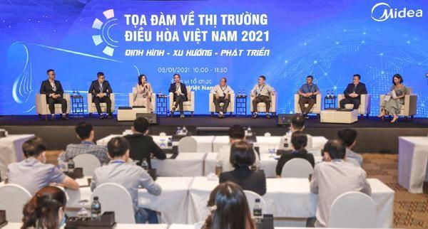 Toàn cảnh buổi tọa đàm về thị trường điều hòa năm 2021 do Midea tổ chức. (Ảnh: Vietnamnet)