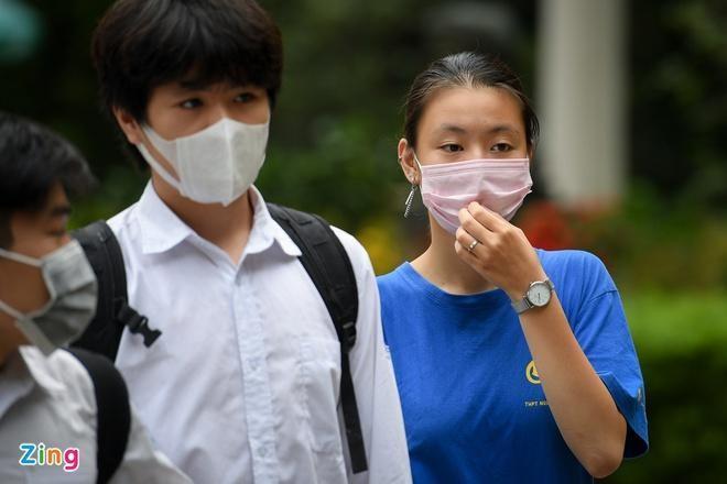 Sinh viên nhiều trường đại học ở Hà Nội được thông báo tiếp tục hoãn học tập trung. Ảnh minh họa: Việt Hùng/Zing