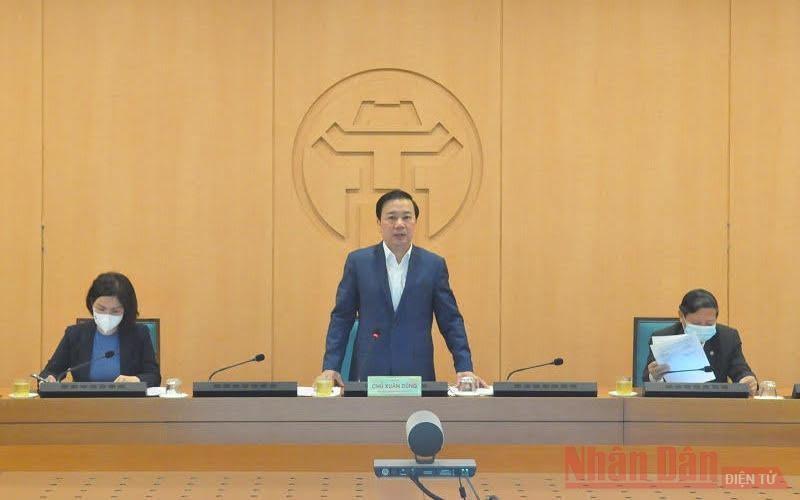 Quang cảnh cuộc họp chiều 1-3 của Ban Chỉ đạo phòng, chống covid-19 TP Hà Nội. (Ảnh: Nhân Dân)