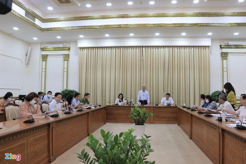 Phó chủ tịch UBND TP.HCM Võ Văn Hoan chủ trì cuộc họp về xử lý ô nhiễm tiếng ồn. Ảnh: Thu Hằng.