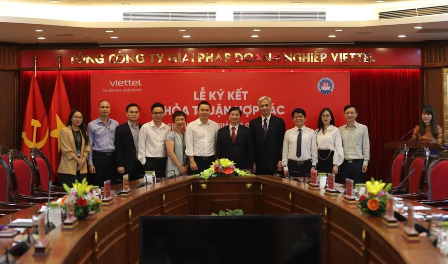 Lễ ký kết thoả thuận hợp tác giữa Học viện quản lý giáo dục (QLGD) và Tổng công ty Giải pháp Doanh nghiệp Viettel (Viettel Solutions).